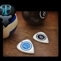Rogers plectrum billiard ball + Engraving and coloring